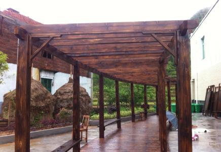 碳化木花架